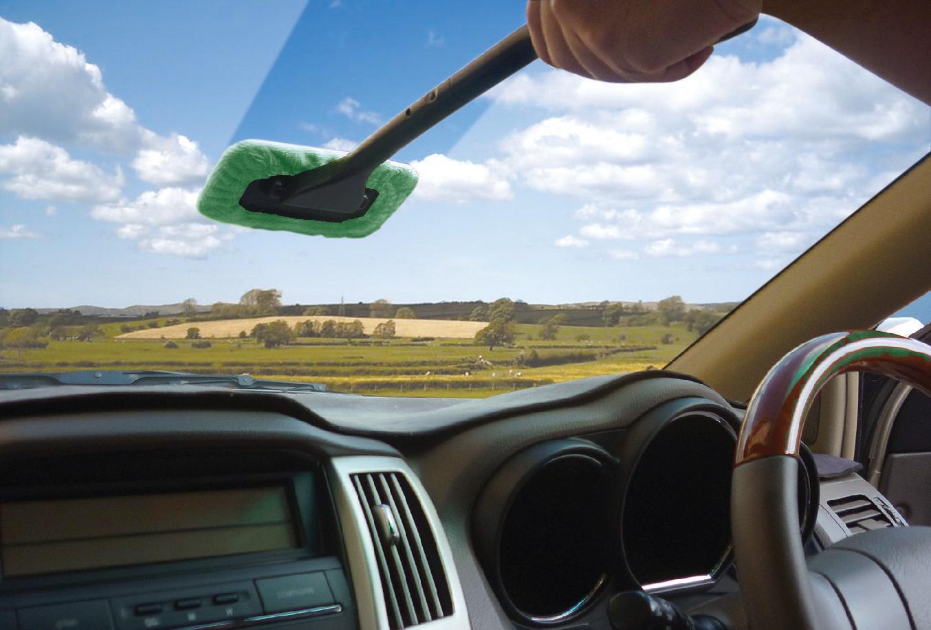 Windscreen Wonder with Microfibre Pad